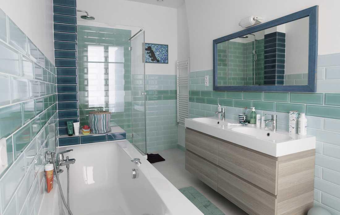 Modernization Of A Haussmannian Apartment By An Interior Designer